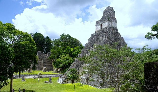 Tikal – Mayan Pyramids and Temple Ruins in the Jungle of Guatemala