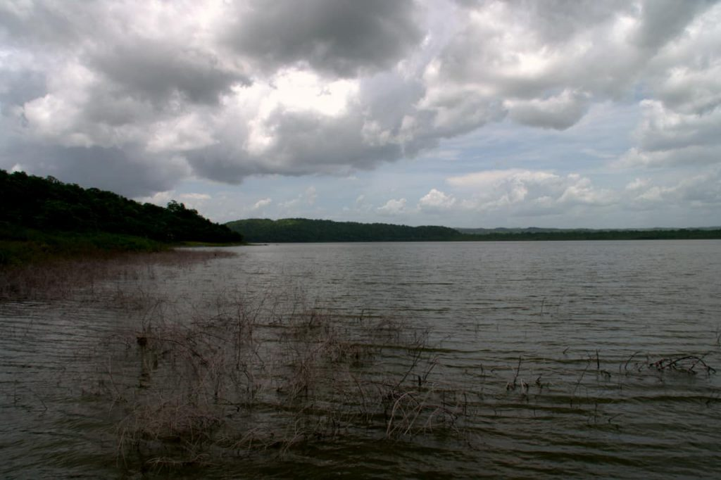 The lake - Yaxha