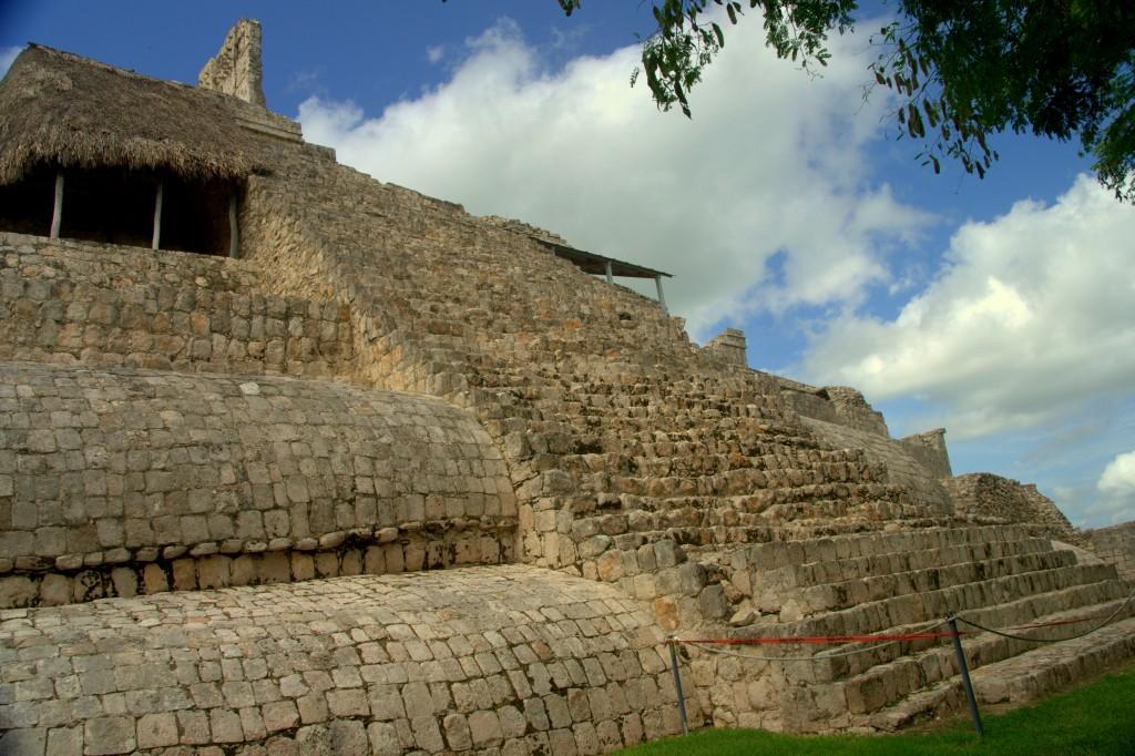 Édificio de los Cinco Pisos - from the back - Edzna - Campeche