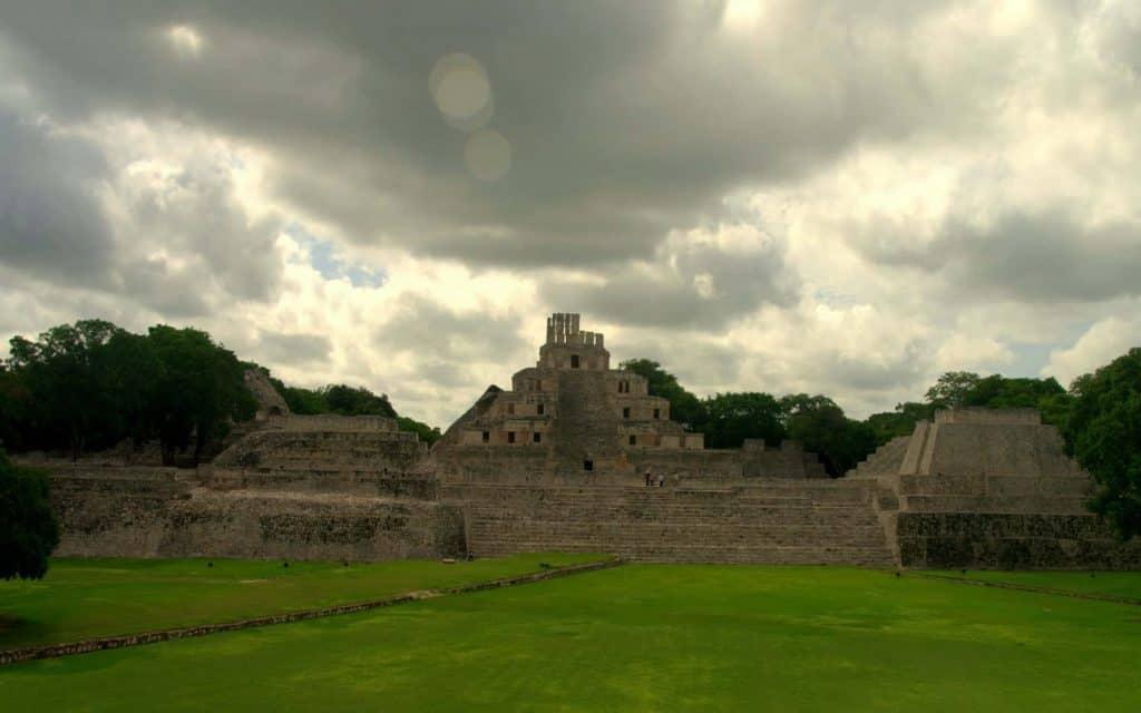 Gran Acropolis - Edzna - Campeche