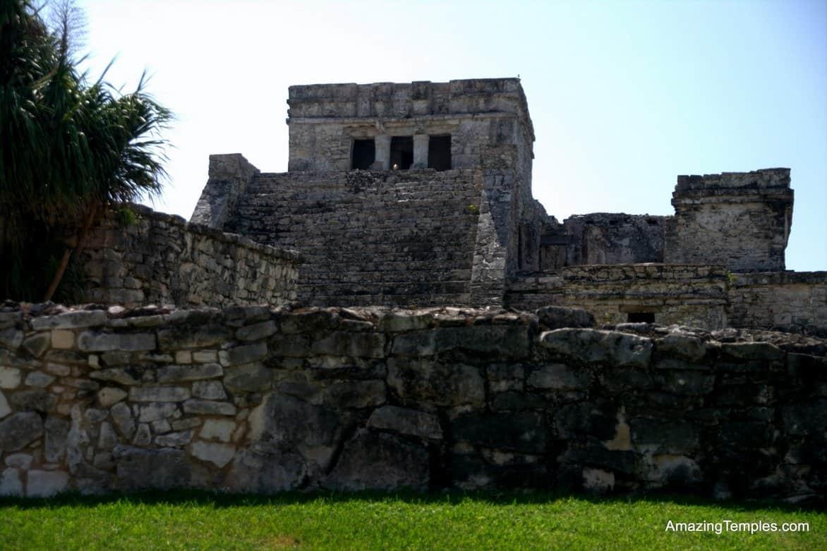 El Castillo - Tulum - full size