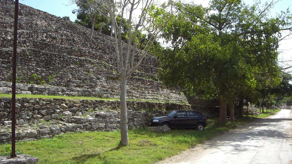 Kinich Kak Moo - Gigantische Pyramide in Izamal