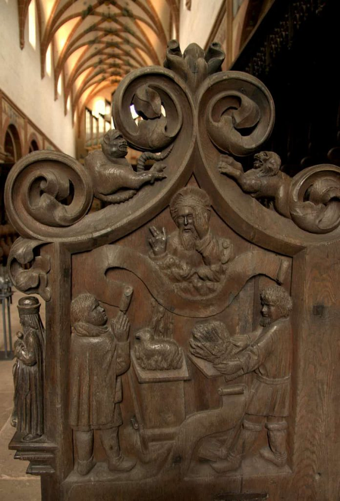 Wooden seats with carvings -2