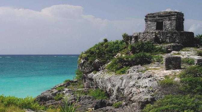 Tulum – Türkisfarbenes Meer und Tempelruinen an der Riviera Maya
