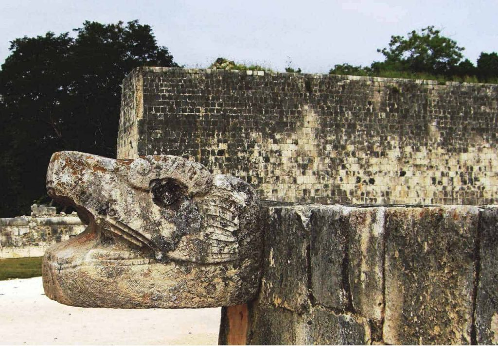 Snake Head at the ball court in Chichén Itzá