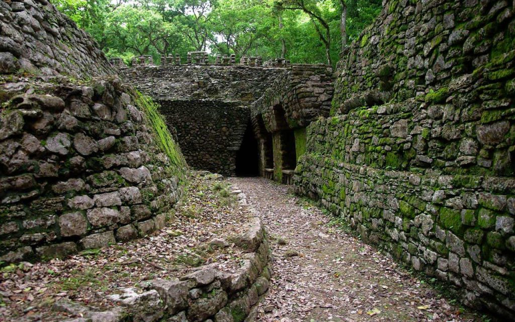Das Labyrinth in Yaxchilan