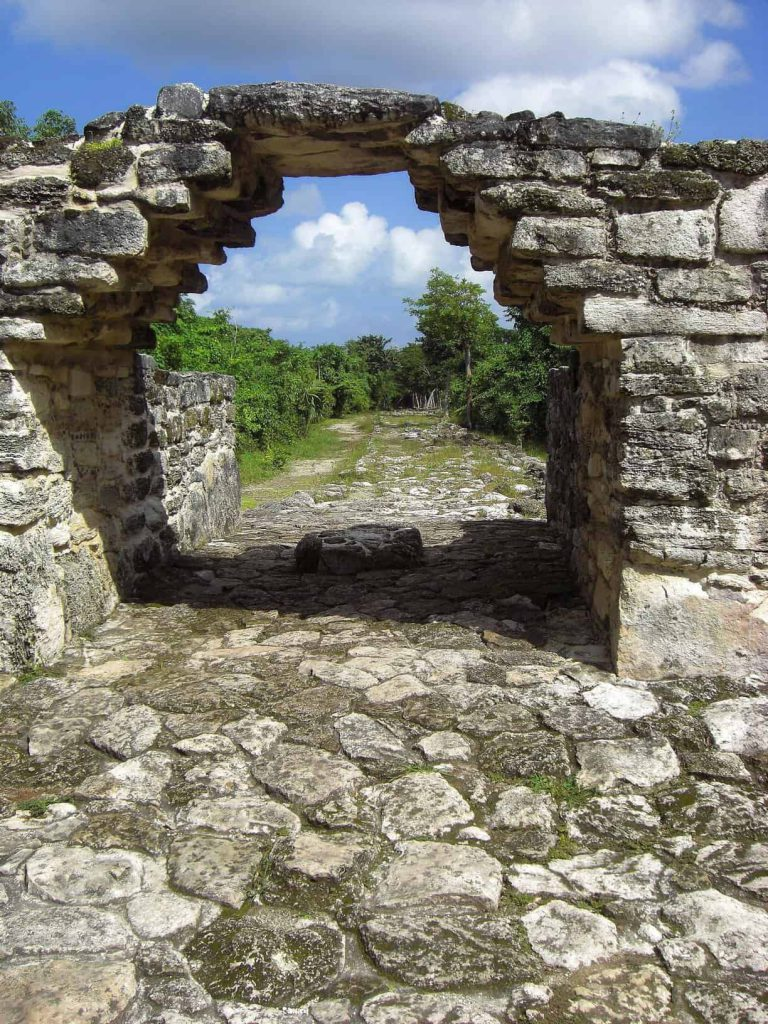 Der Torbogen in San Gervasio auf Cozumel