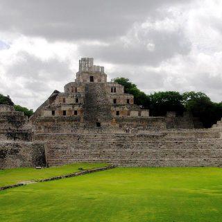 Edzna - die Stufenpyramide 3
