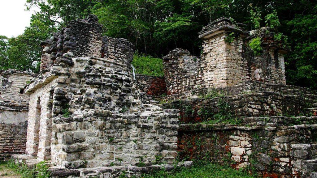 Tempelgebäude in Bonampak