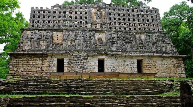 Die Ruinenstädte der Maya – Ein Reiseführer zu den Mayastätten auf der Halbinsel Yucatán, in México und Guatemala – eBook