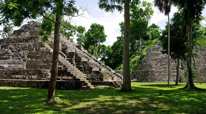 Yaxhá – Pyramids, Temples, a Lake and the Jungle