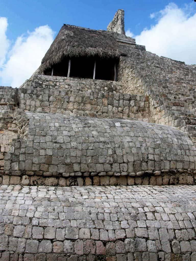 The Temple of the Five Stories - El Édificio de los Cinco Pisos - Sideview - Edzná - Campeche